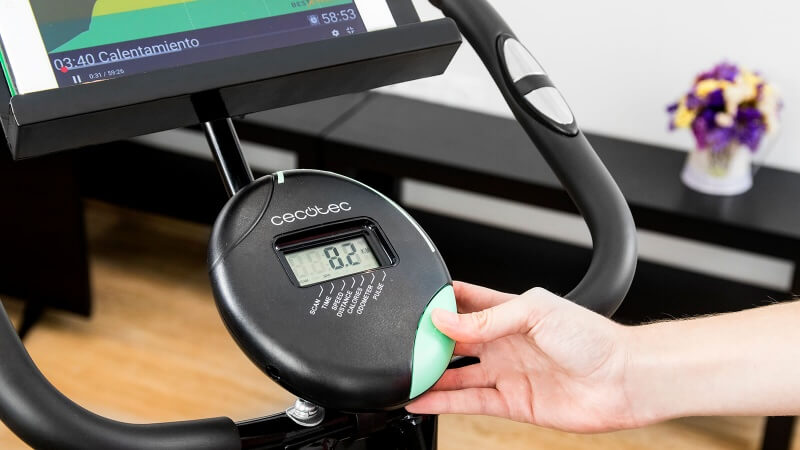 Cecotec-X-Bike-Pro-aspecto-general-monitor